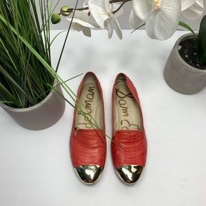 Same Edelman Gold Pointed Flats Size 6.5